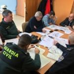 Policia Local y Guardia Civil se reunen para ampliar la coordinacion y aumentar la presencia en el municipio.