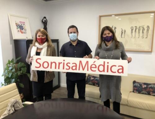 L'Ajuntament renova el conveni amb Sonrisa Médica per donar suport a l'entitat